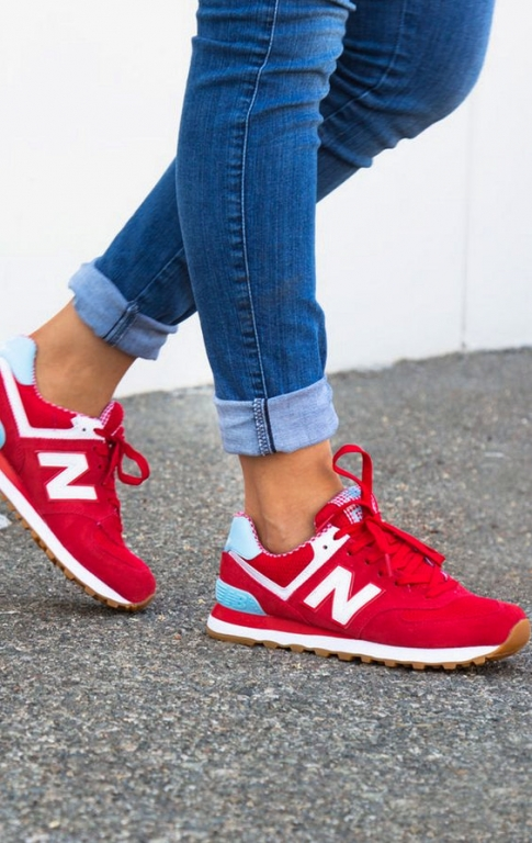 new-balance-sneaker-rood